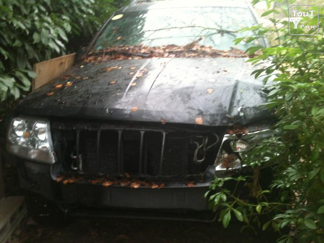 image JEEP GRAND CHEROKEE ACCIDENTEE