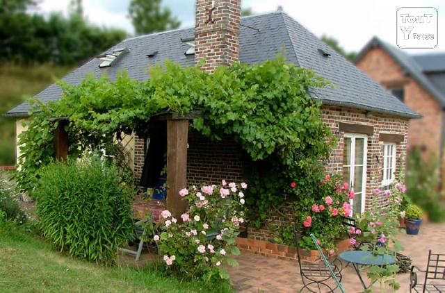 image Weekends and holidays in Normandy, Pays d'Auge, France, B & B, cottage