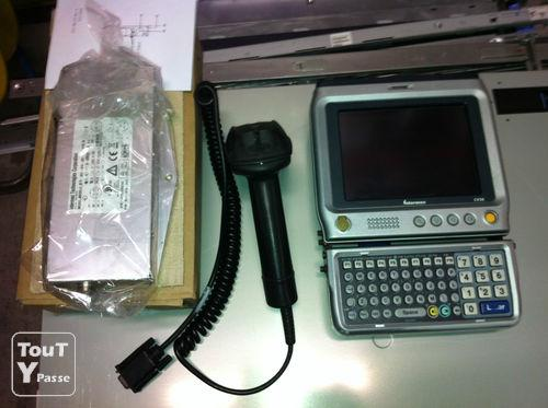 image Tablette Intermec CV30 + SR30 + clavier + support