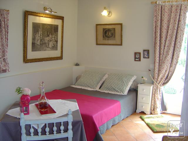 image Romantic holidays in France, Normandy, Pays d'Auge, rent a lovely studio for 2
