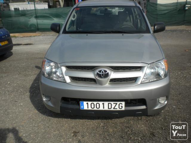 image HILUX DOUBLE CABINE