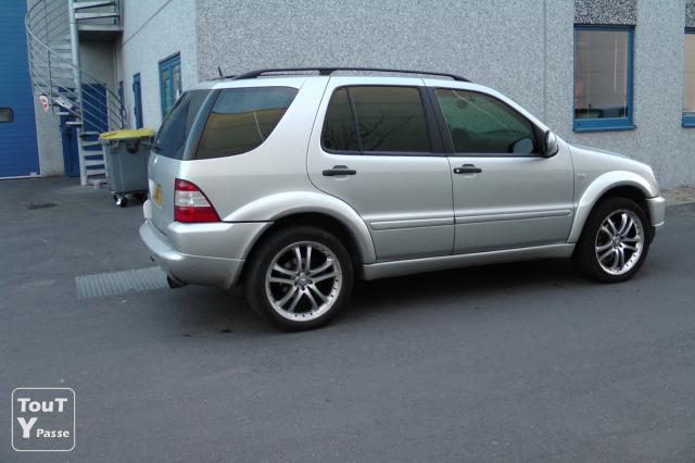 image MERCEDES ML 320 E