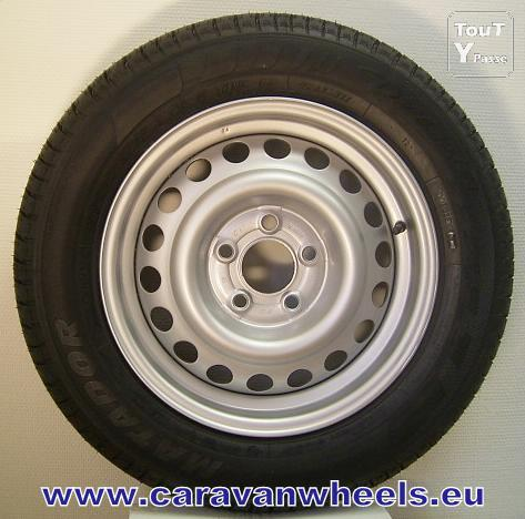 photo de 195/70R14C (104N ) 101/99 BARUM roue de secours 5,5Jx14 jante caravane DETLEFFS