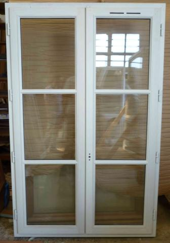 Isoler vieille fenetre en bois estimation m2 reims for Ventilation chambre sans fenetre