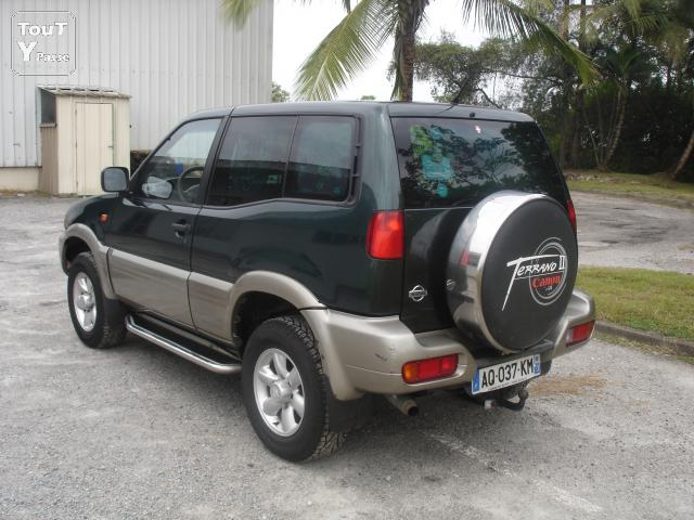 a vendre 4x4 nissan terrano2 125cv tdi guyane. Black Bedroom Furniture Sets. Home Design Ideas