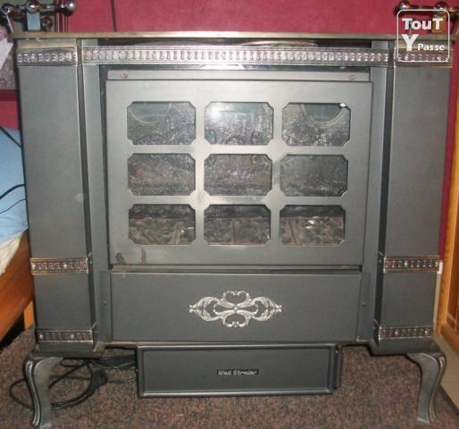 a vendre poele ou convecteur au gaz de ville tournai 7500. Black Bedroom Furniture Sets. Home Design Ideas