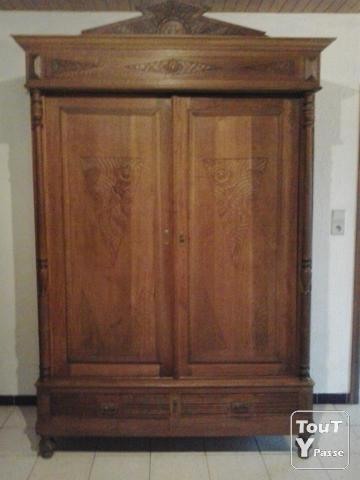 ancienne garde robe vendre boussu 7300. Black Bedroom Furniture Sets. Home Design Ideas