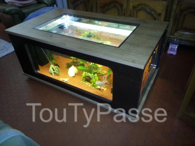 aquarium table basse de 300 litres s te 34200. Black Bedroom Furniture Sets. Home Design Ideas