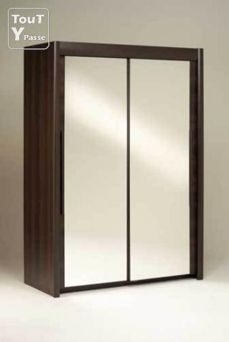 armoire 2 portes miroirs avec penderie dallas garches 92380. Black Bedroom Furniture Sets. Home Design Ideas