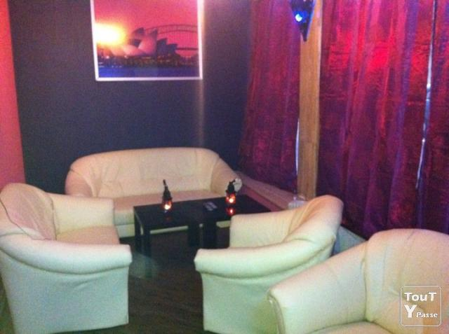 Photo Bar / salon de the shisha / chicha image 1/3