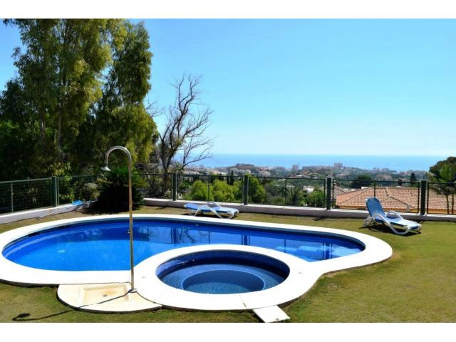 photo de belle villa a vendre a benalmadena!