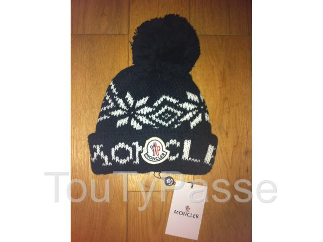 photo de Bonnet moncler
