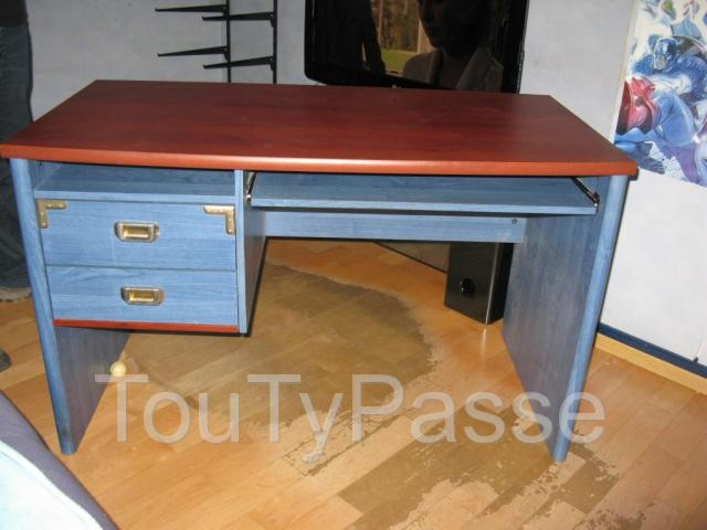 photo de Bureau informatique style bateau