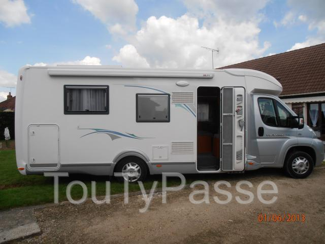 camping car chausson welcome 78 bellegarde 45270. Black Bedroom Furniture Sets. Home Design Ideas
