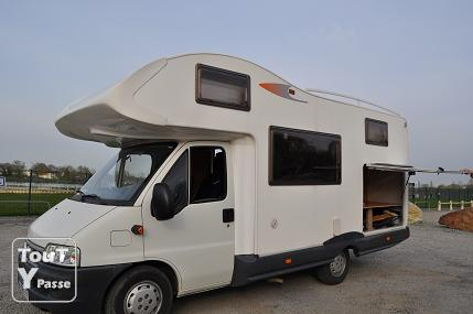 camping car tr s bon tat general 6 places 20000 km basse normandie. Black Bedroom Furniture Sets. Home Design Ideas