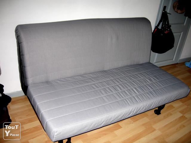 Canap convertible 2 places ikea tr s bon tat toulouse 31000 for Canape convertible bz ikea