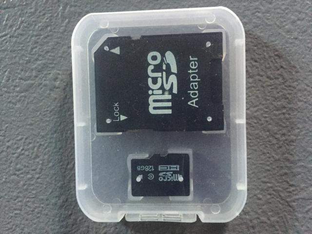 Photo Carte micro sd 128 giga image 1/2
