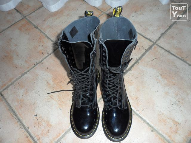 Photo Chaussure Doc Martens