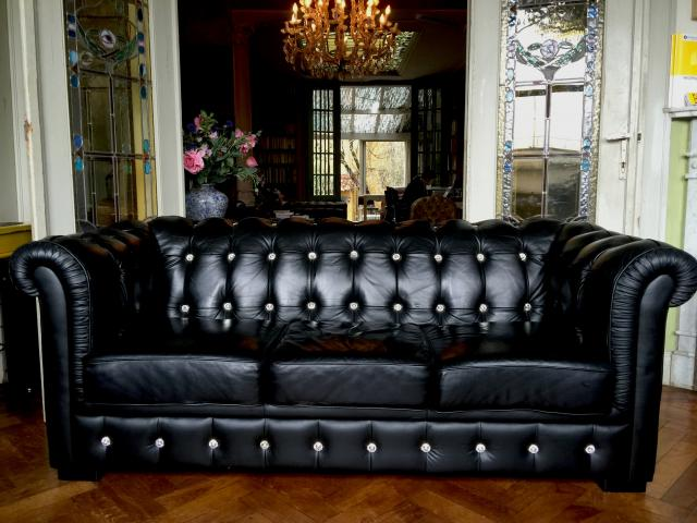 chesterfield salon flandre occidentale. Black Bedroom Furniture Sets. Home Design Ideas