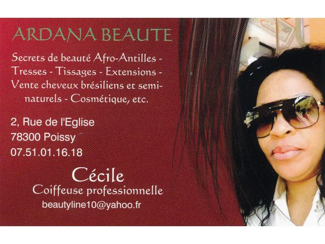 Photo Coiffeur, Coiffeuse afro, Styliste onglerie image 1/1