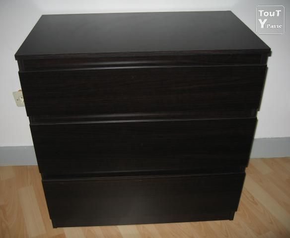 commode 3 tiroirs ikea tr s bon tat toulouse 31000. Black Bedroom Furniture Sets. Home Design Ideas