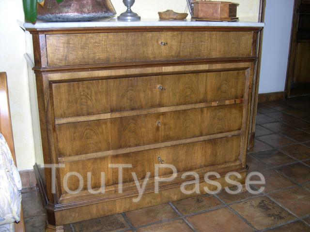 photo de Commode ancienne style Louis Philippe