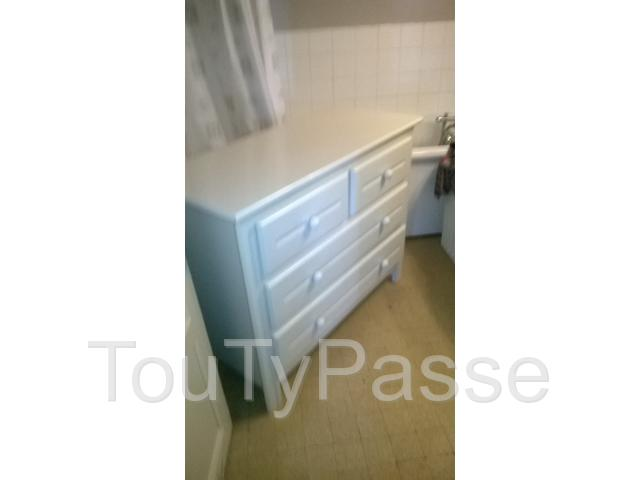 photo de Commode blanche