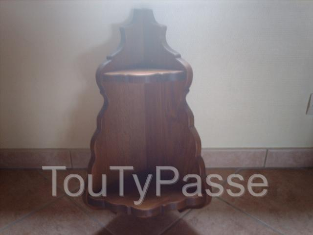 photo de Etagère d'angle en bois tbe