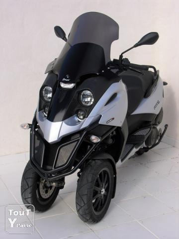 gilera fuoco gris 500 cm3 maxi scooter 3 roues pinay sur orge 91360. Black Bedroom Furniture Sets. Home Design Ideas