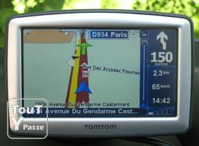 gps tomtom xl europe massy 91300. Black Bedroom Furniture Sets. Home Design Ideas