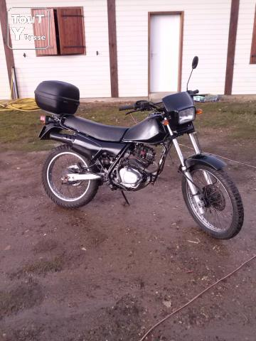 photo de HONDA XLR 125 type JD04 1986