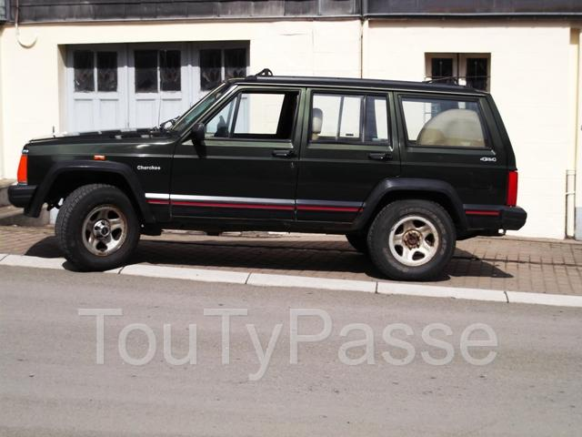 photo de JEEP CHEROKEE LIBRAMONT Belgique