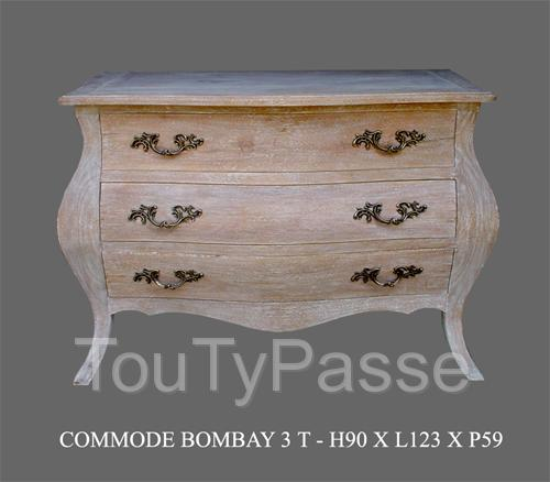 photo de large choix de commode de style baroque