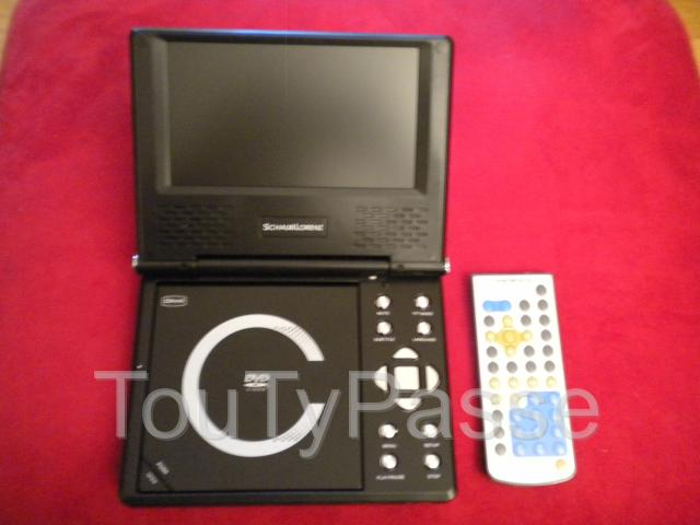 Photo LECTEUR PORTABLE DVD DIVX « Shaub Lorenz » image 1/4