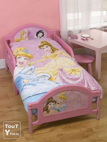 lit enfant princesse neuf. Black Bedroom Furniture Sets. Home Design Ideas