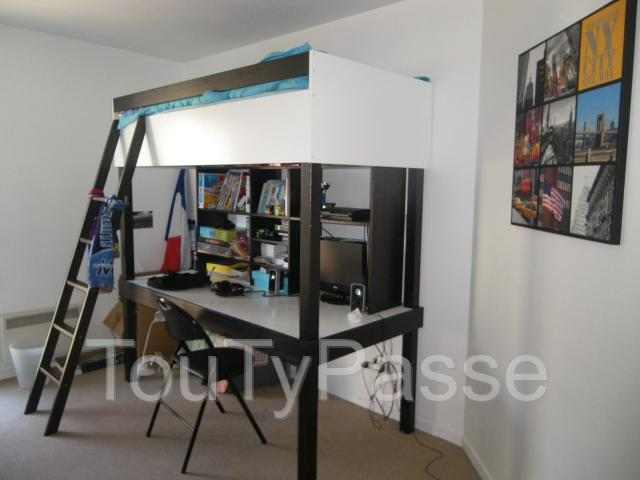 Annonces bureau ecolier 1 place for Bureau une place