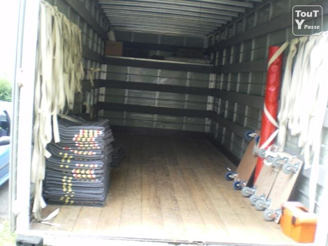 location de camion 30m3 sur region parisienne le de france. Black Bedroom Furniture Sets. Home Design Ideas