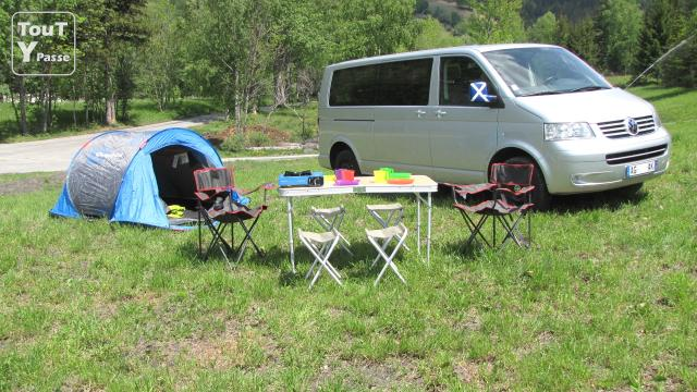 location de camping car vw t5 caravelle campervan lyon rh ne alpes black sheep villeurbanne 69100. Black Bedroom Furniture Sets. Home Design Ideas
