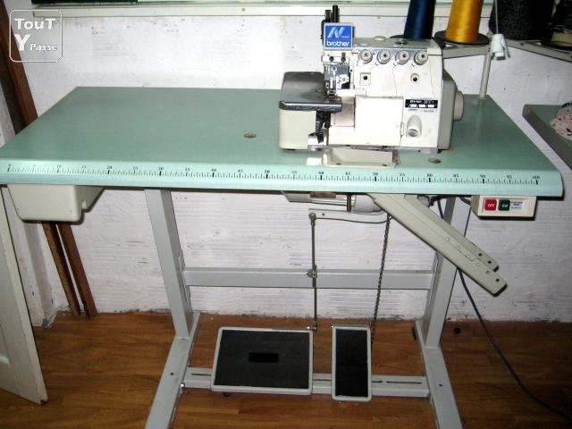 Machine a coudre surjeteuse industrielle brother for Machine a coudre 91