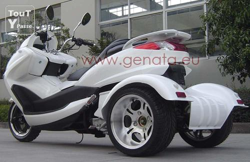 magnifique scooter genata big one 200cc 3 roues neuf et garanti 24 mois. Black Bedroom Furniture Sets. Home Design Ideas