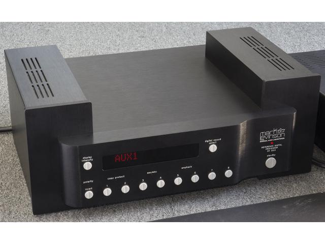 photo de Mark Levinson No. 30.5 avec alimentation M-L PLS-330