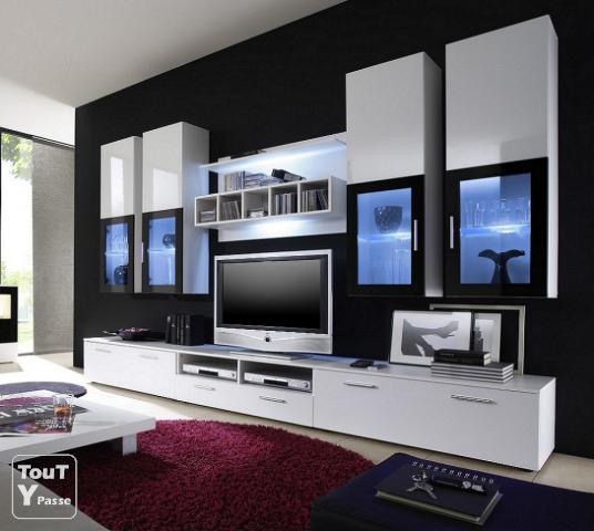 Meuble tv design new york neuf chaville 92370 for Meuble tv york