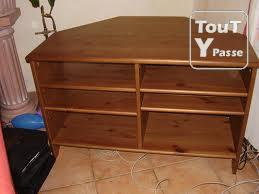 photo de Meuble tv en bois d'angle