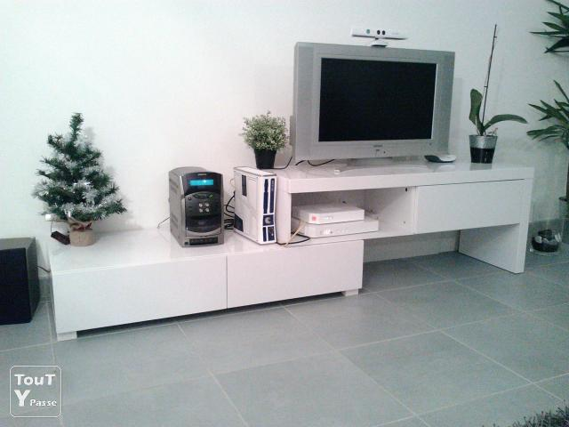 Meuble tv laqu blanc alin a modulable uchaud 30620 - Meuble salon modulable ...