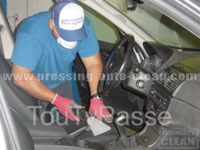 photo de nettoyage sièges tissus voiture Toulouse, Cleaning agency of car at home in Toulouse