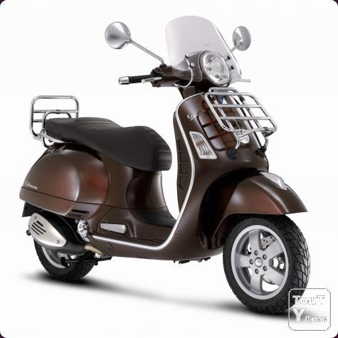 new neuf vespa gts 300 touring avec cheque cadeau liege. Black Bedroom Furniture Sets. Home Design Ideas