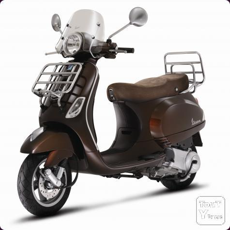new neuf vespa lx 125 touring avec cheque cadeau liege. Black Bedroom Furniture Sets. Home Design Ideas