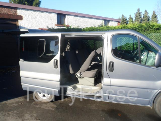opel vivaro tour cosmo diesel 9 places 11 05 11 74000km belgique occasion pas cher hensies. Black Bedroom Furniture Sets. Home Design Ideas