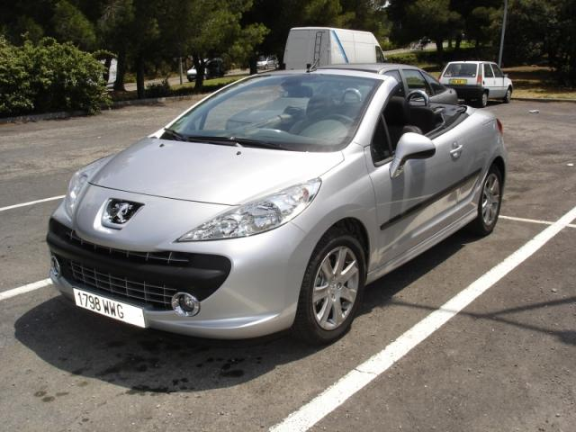 peugeot 207 cc 1 6 hdi sport pack tarbes 65000. Black Bedroom Furniture Sets. Home Design Ideas