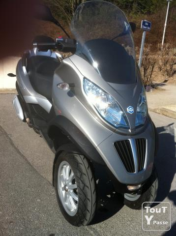 photo de Piaggio - MP3 300cc